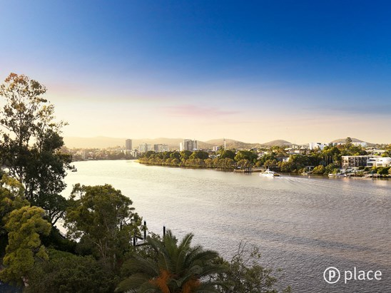 122 Macquarie Street, St Lucia