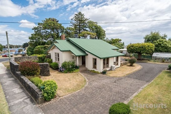 8 Old Bass Highway, Wynyard