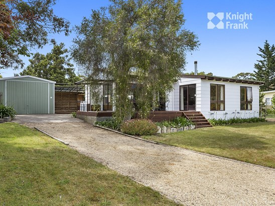 84 East Shelly Road, Orford