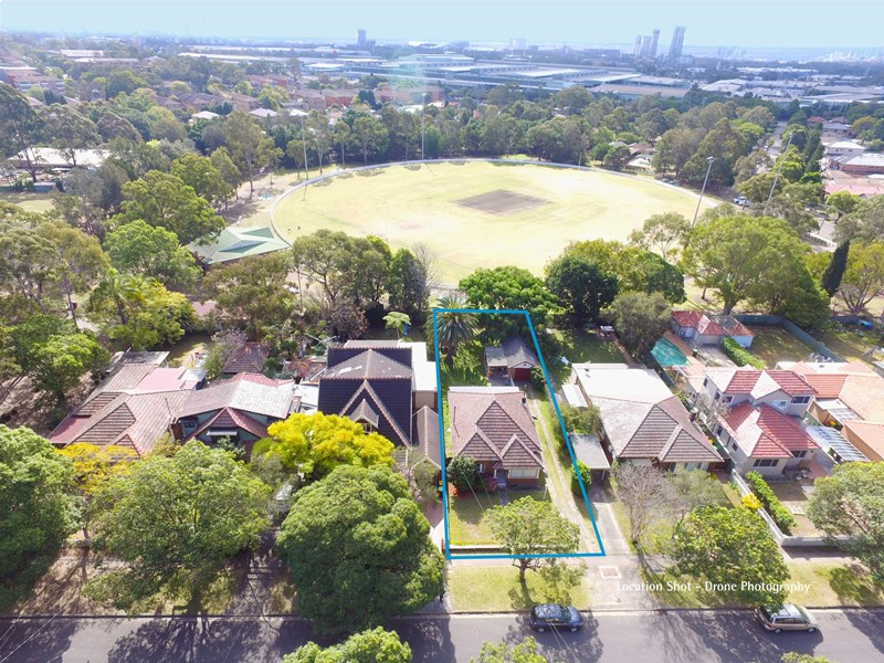 Picture Of 33 Badgery Avenue Homebush