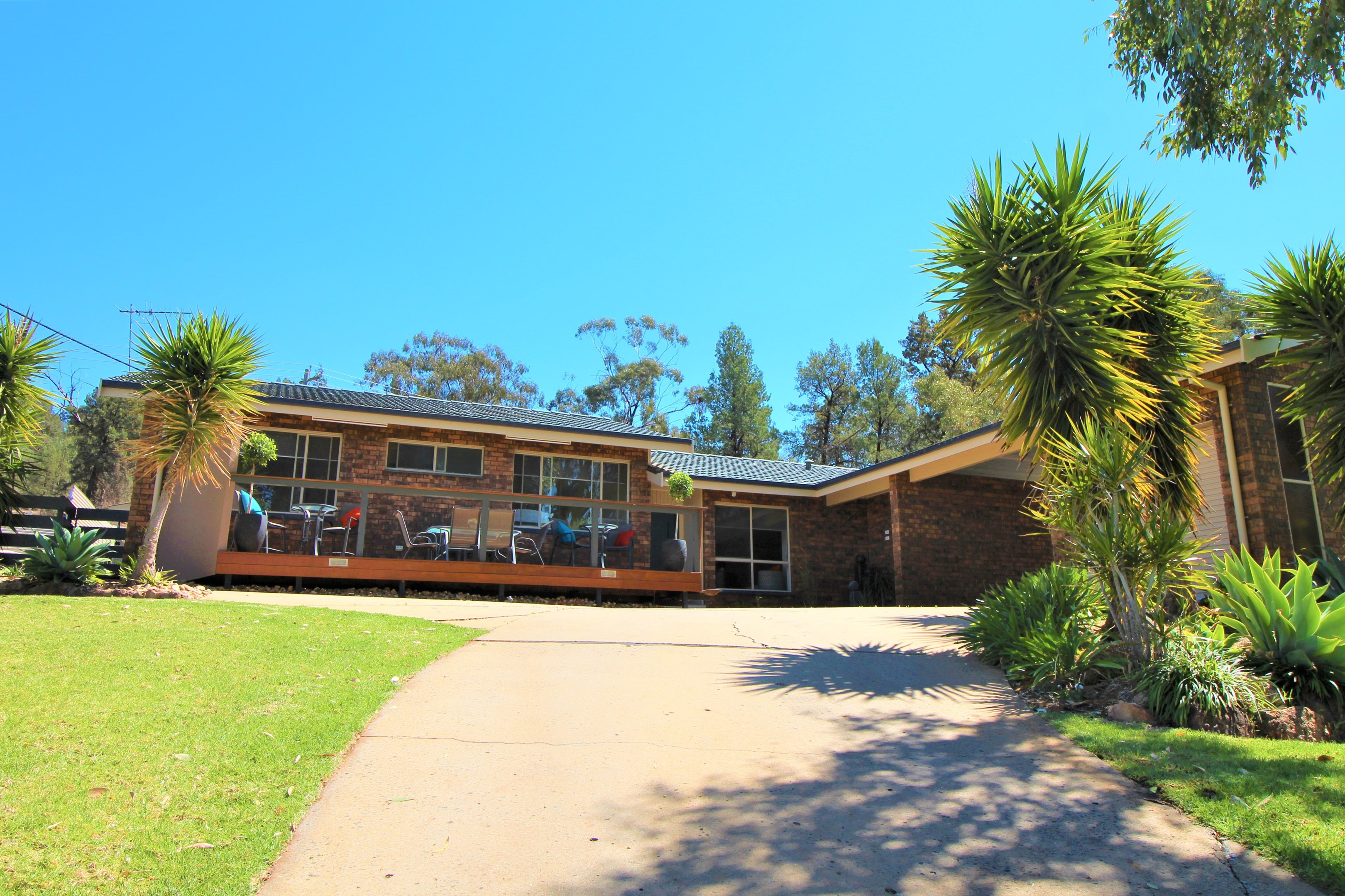 Property Report for 3 Muir Place, Griffith NSW 2680