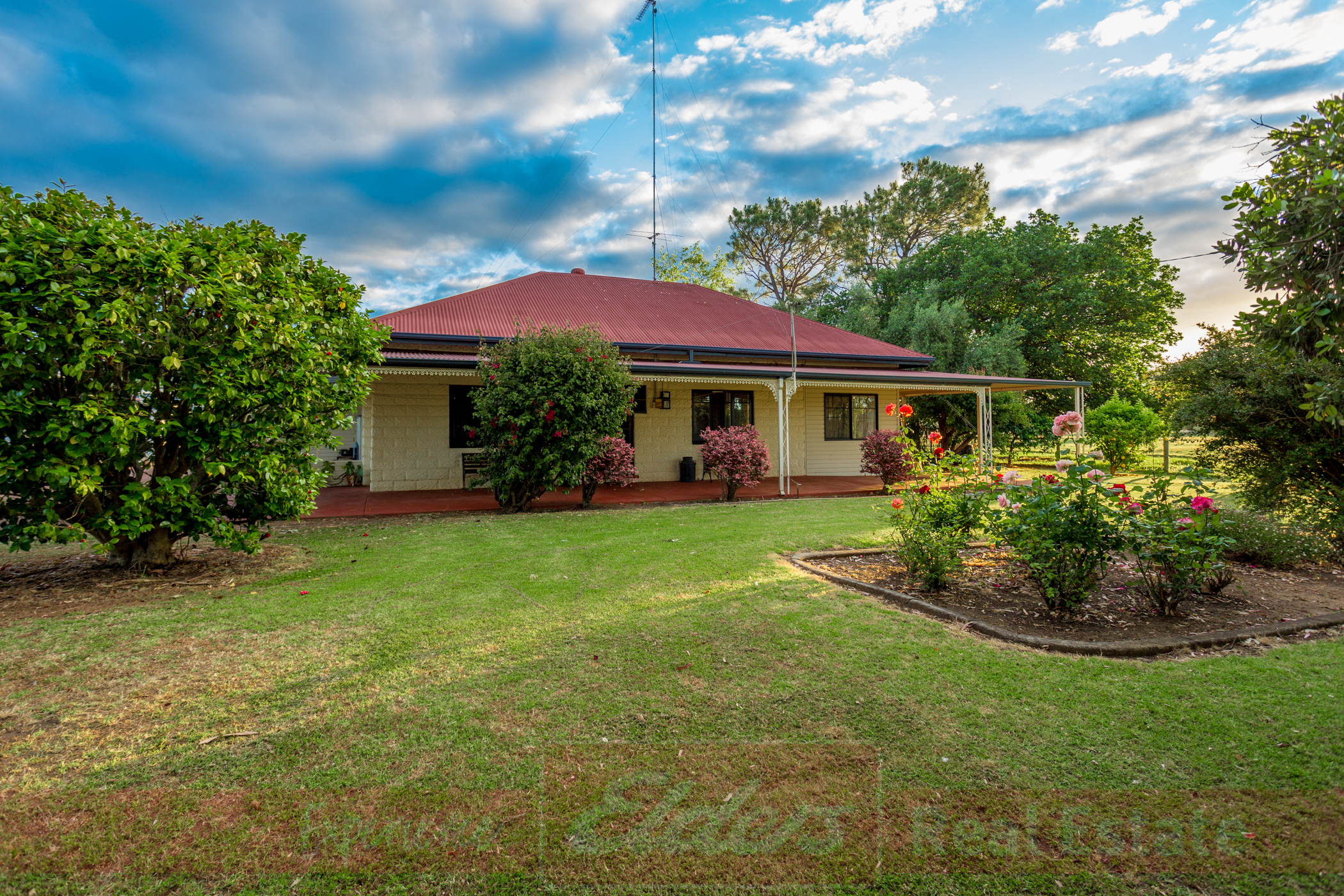 47 Herbert Road Harvey Wa 6220 House For Sale 525000