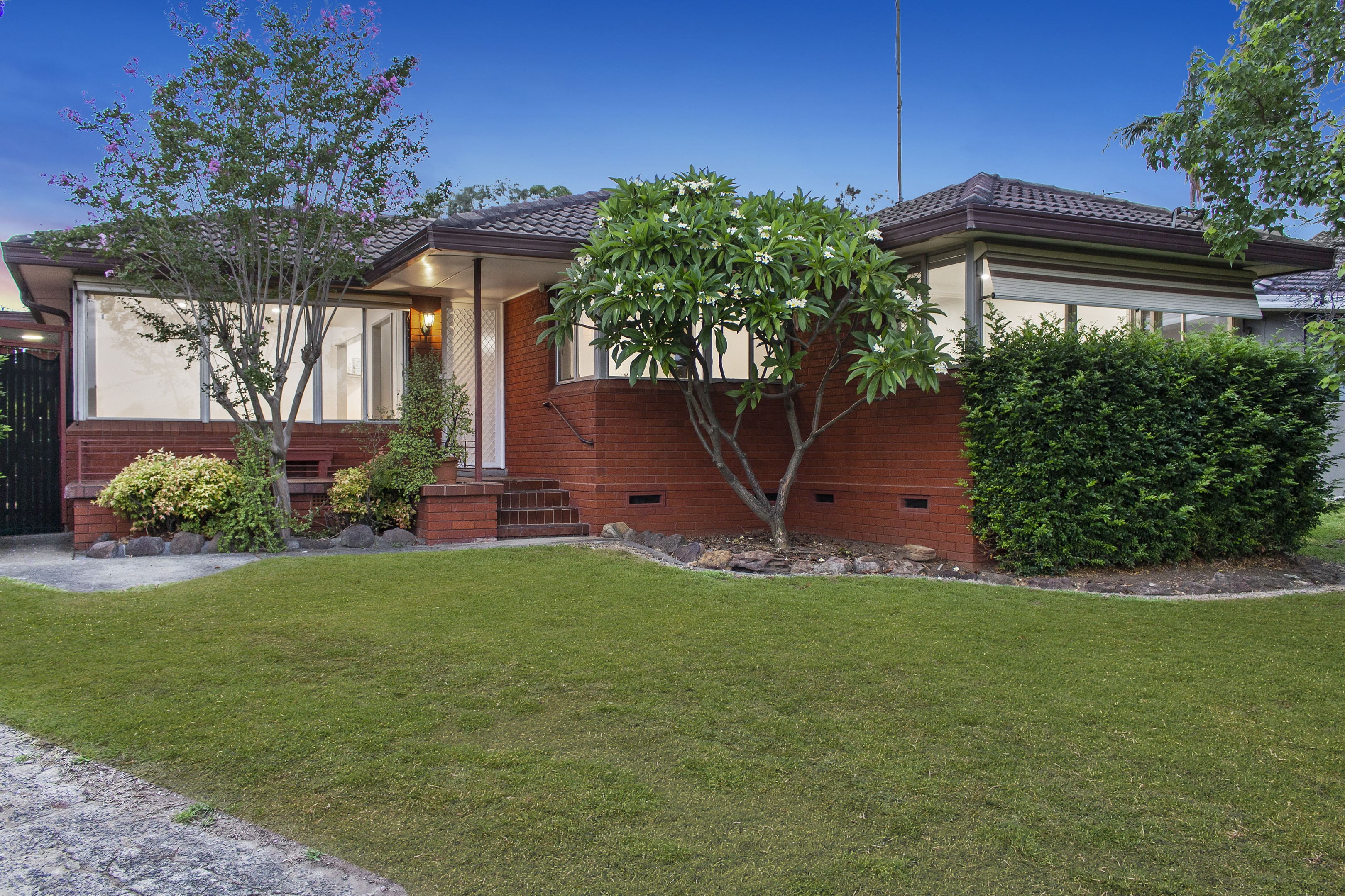 Property Report for 42 Dredge Avenue, Moorebank NSW 2170