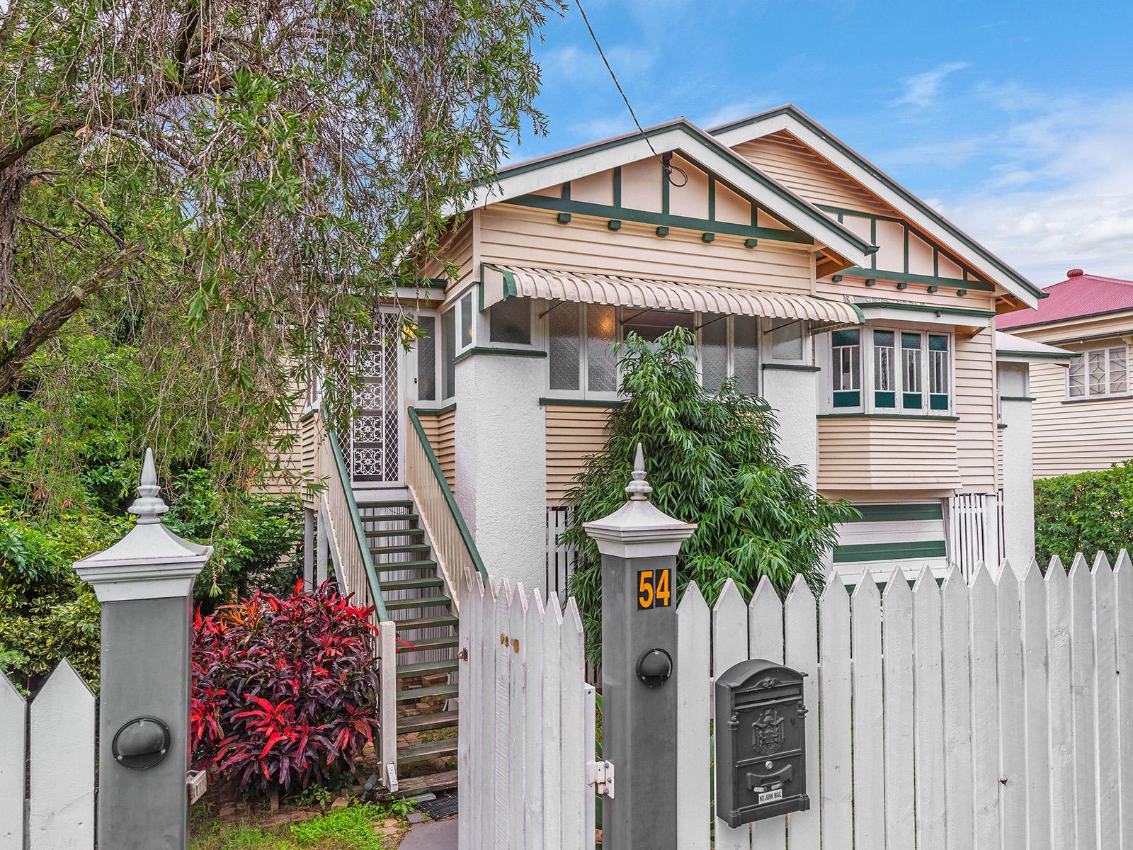 54 Goodwin Terrace, Moorooka QLD 4105