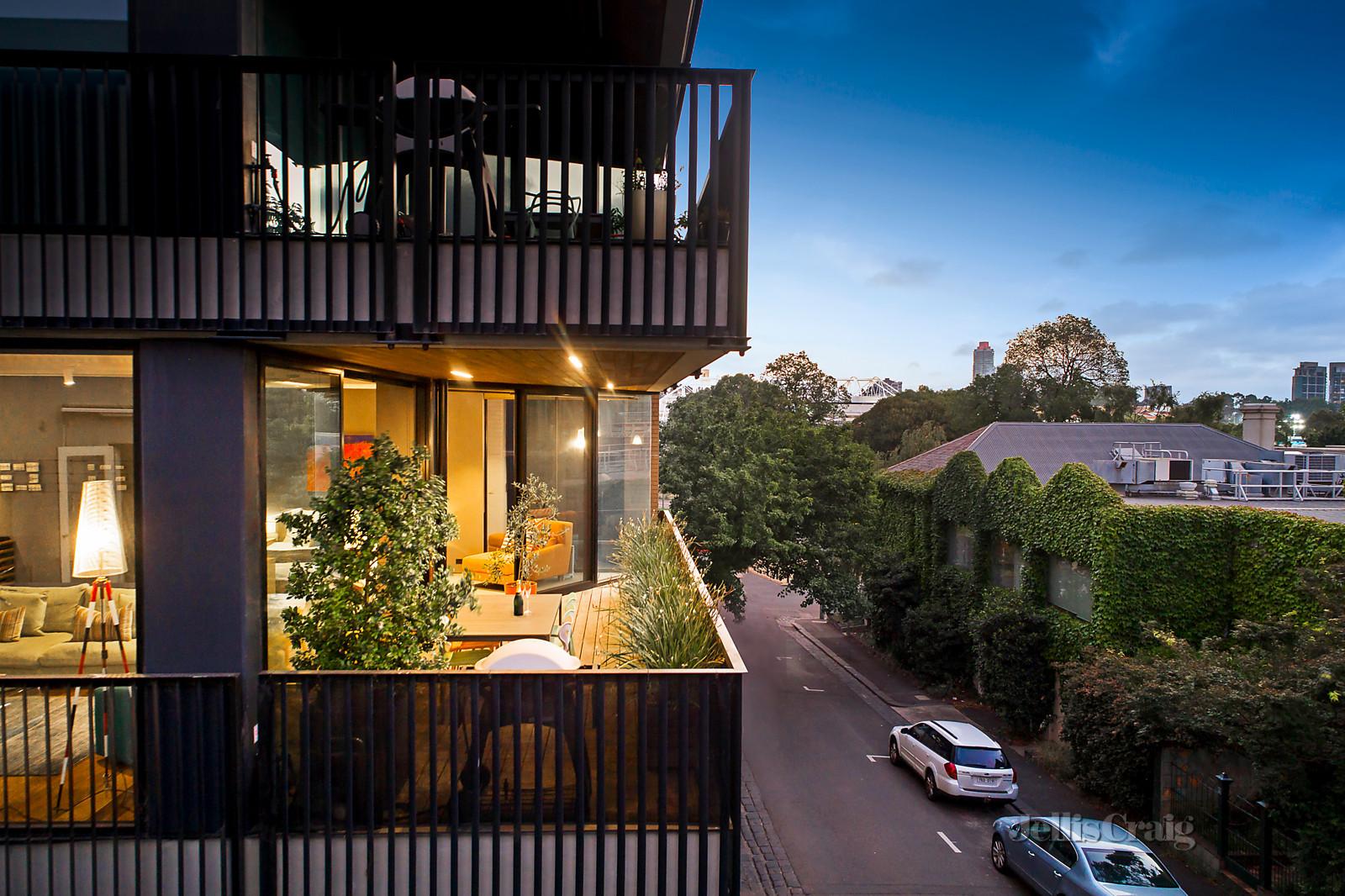 16 Agnes Street, East Melbourne VIC 3002