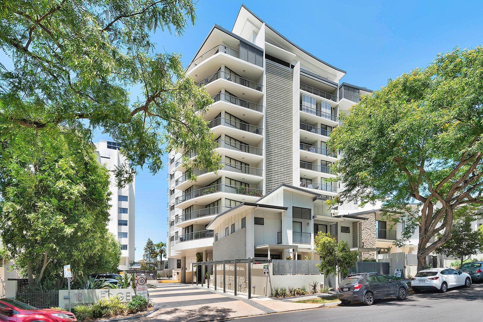 1021/18 Manning Street, Milton QLD 4064