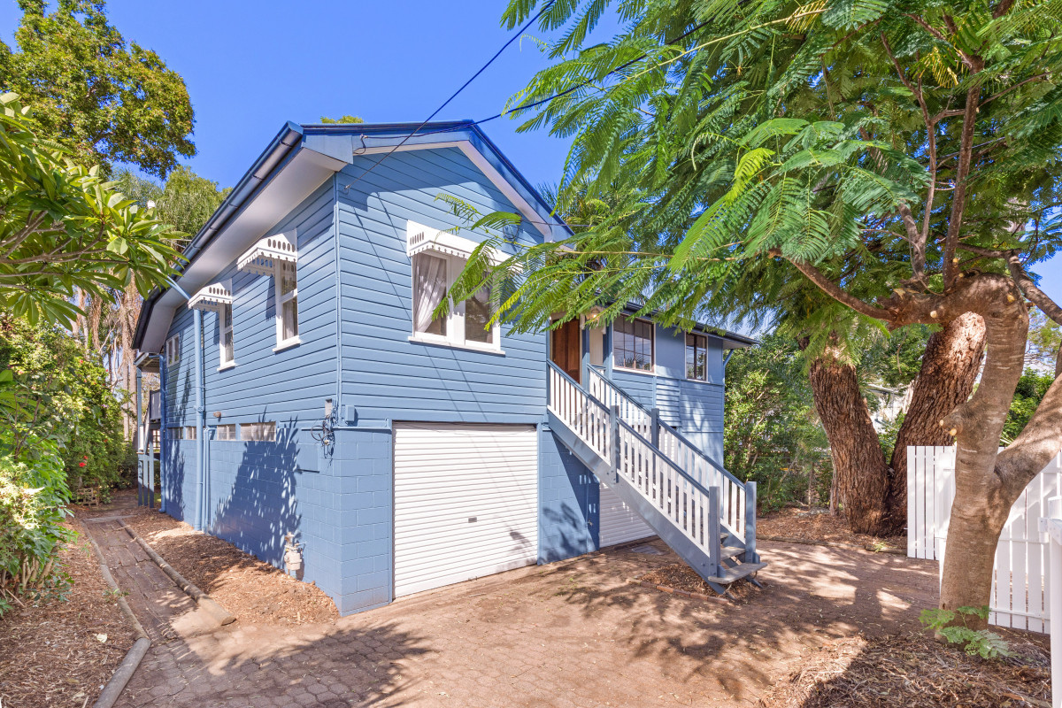 72 Jellicoe Street, Coorparoo QLD 4151