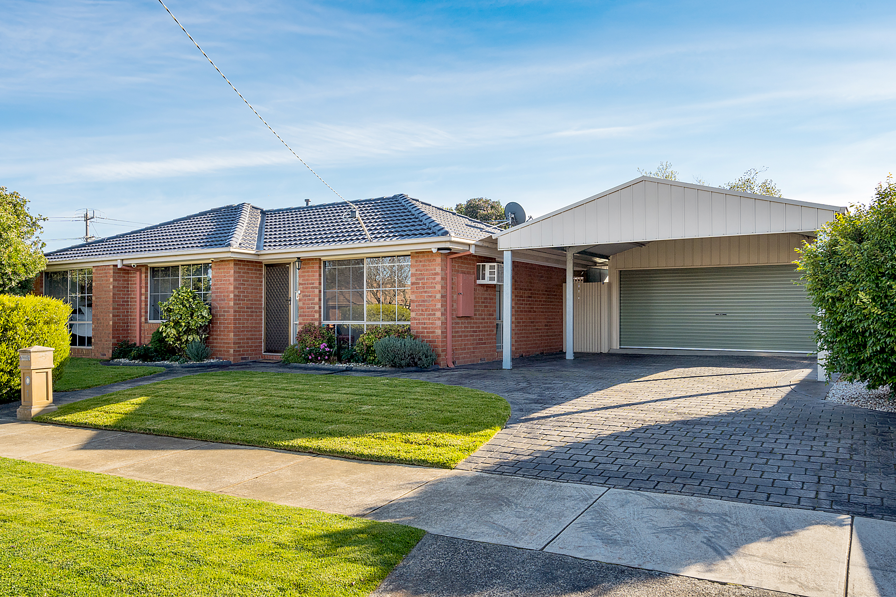 1 Crawley Court, Craigieburn VIC 3064