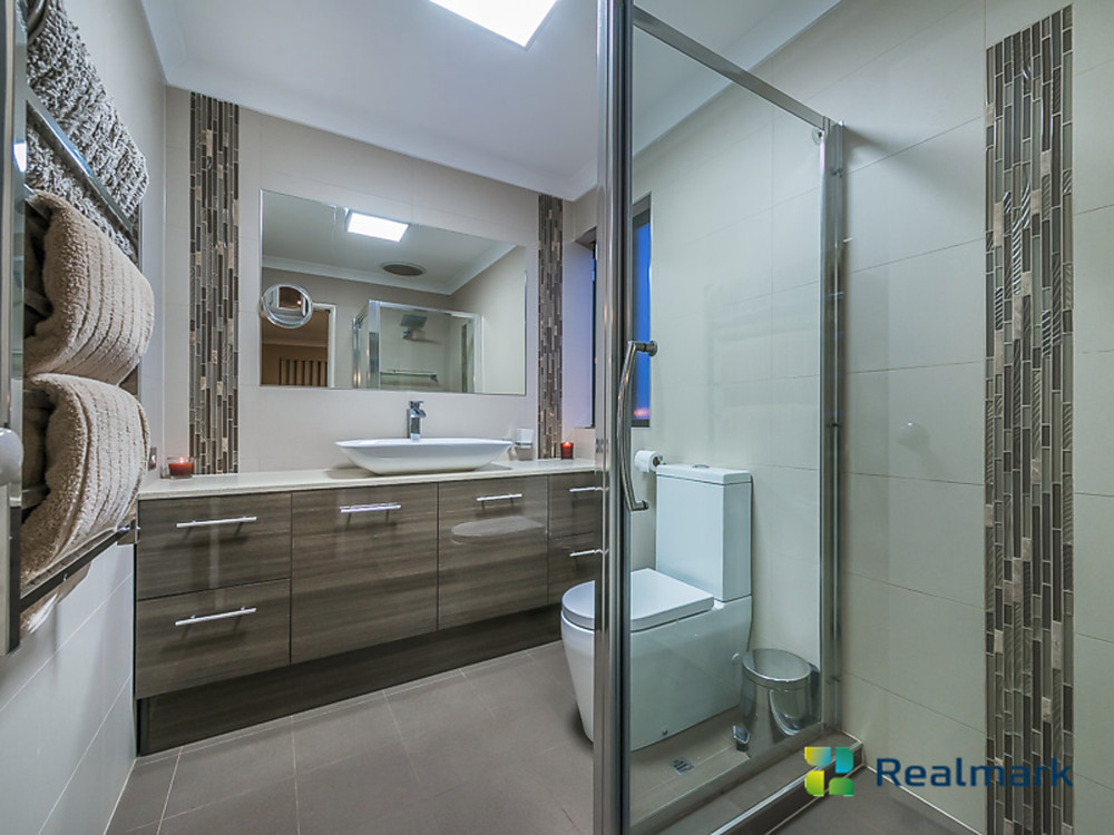 26 woodlea crescent joondalup wa 6027 house for sale for Bathrooms joondalup