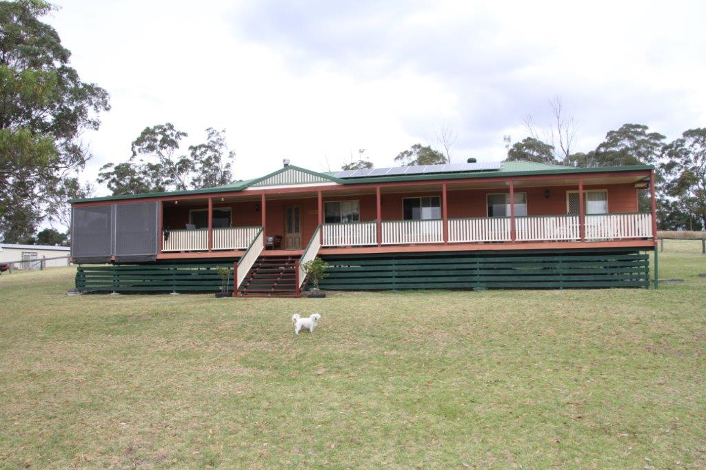 52 woodlea court crows nest qld 4355 house for sale for Crows nest house plans
