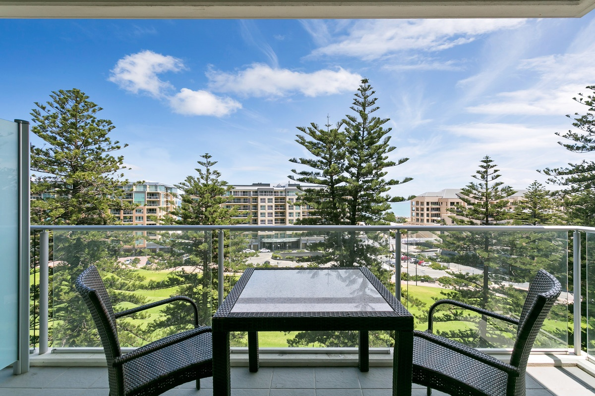 804 25 colley terrace glenelg sa 5045 apartment for for 25 colley terrace glenelg