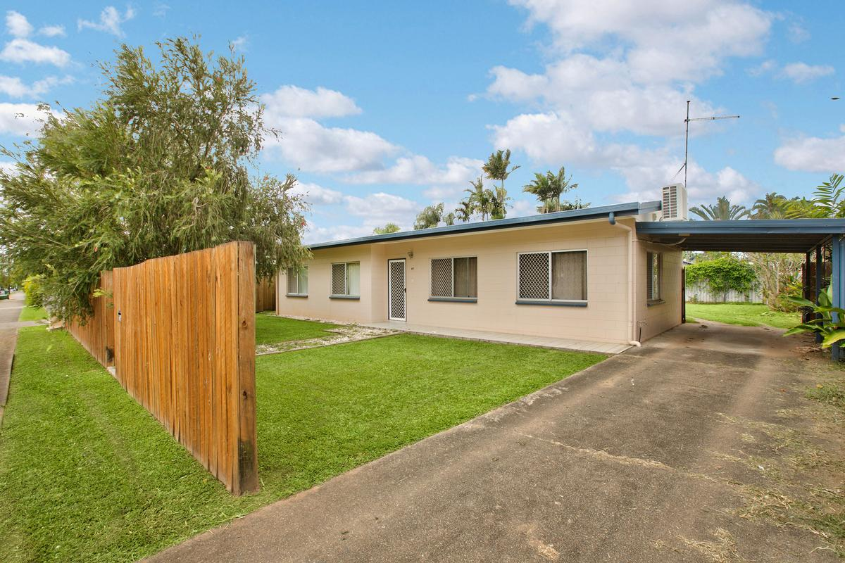 36 Bicentennial Road, Bentley Park