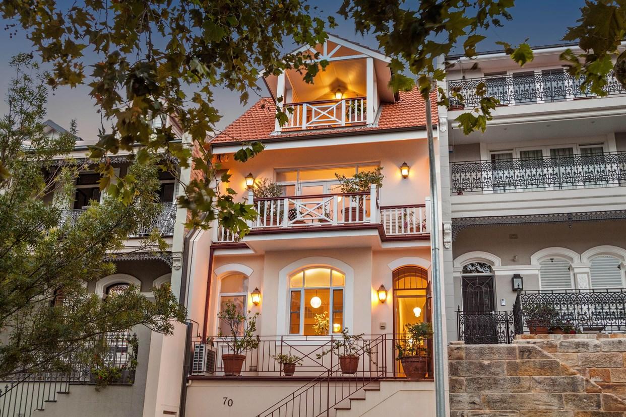 Sold price for 70 carabella street kirribilli nsw 2061 for Kirribilli house floor plan