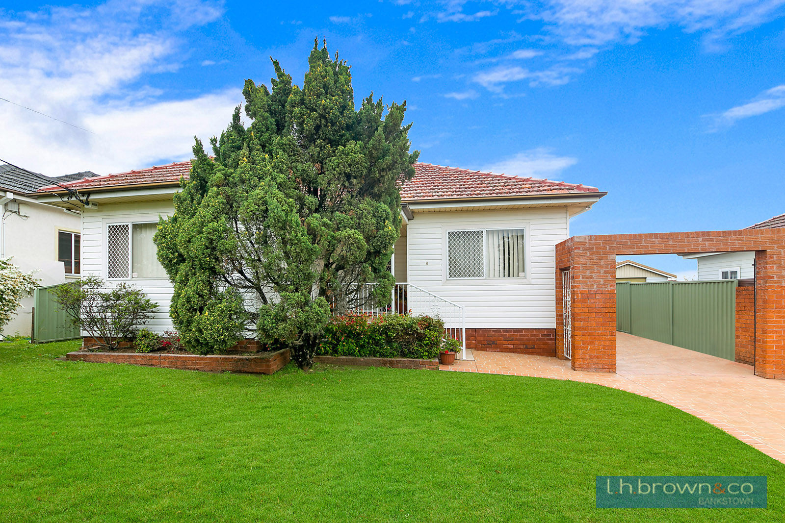 8 Chiltern Road Guildford Nsw 2161 House For Sale