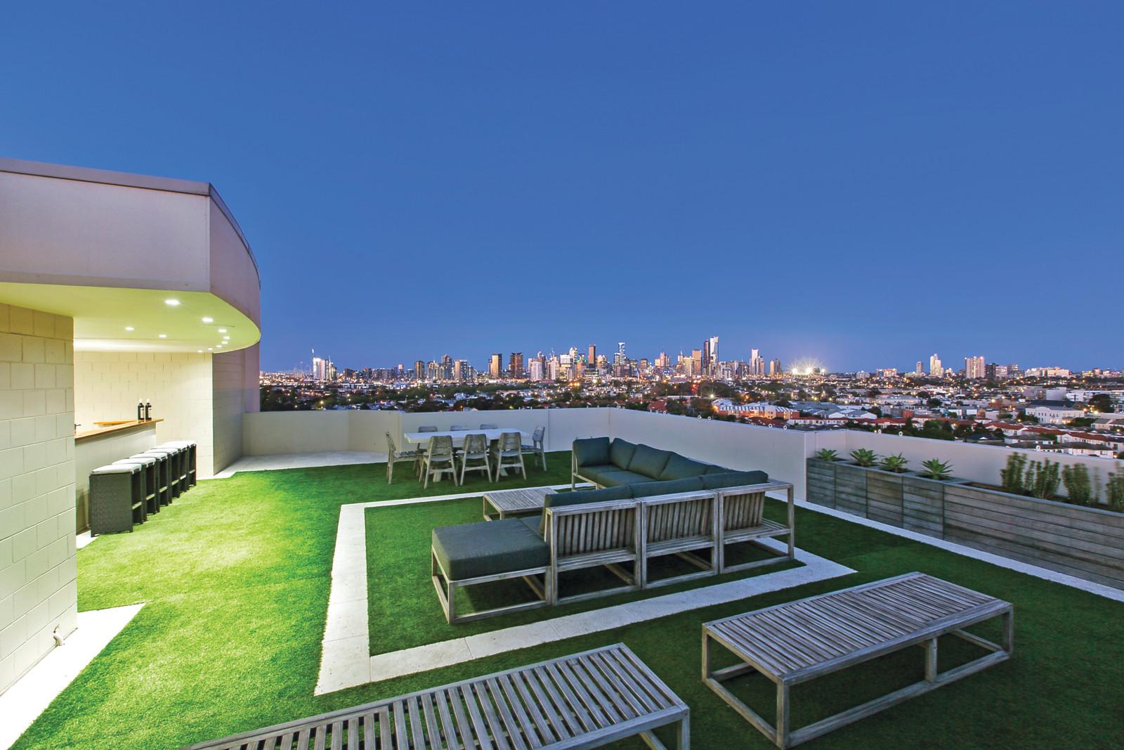 1001 107 beach street port melbourne vic 3207 apartment for Beach house designs melbourne