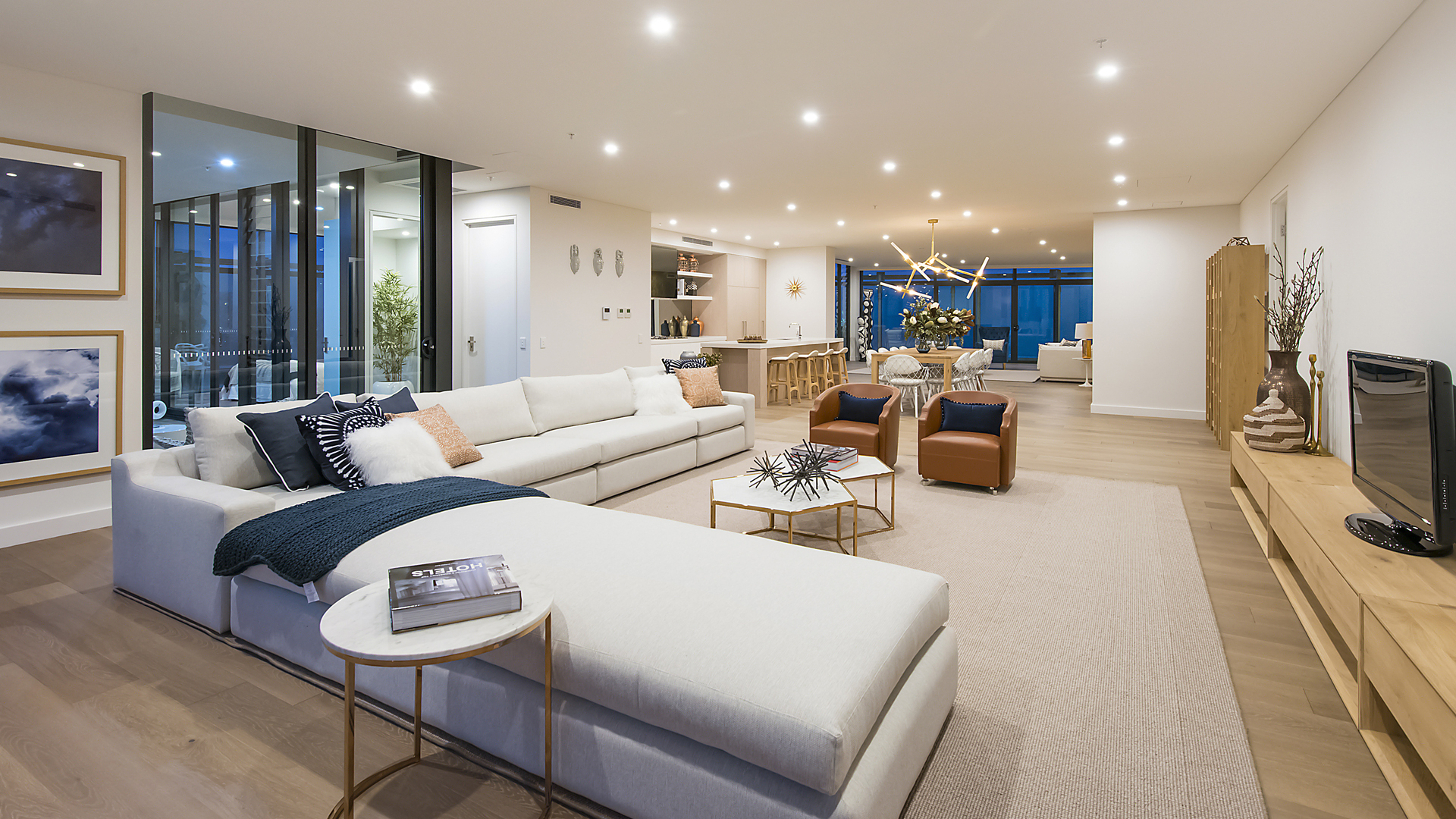 Penthouses Skyhomes In 80 Alfred Street Milsons Point
