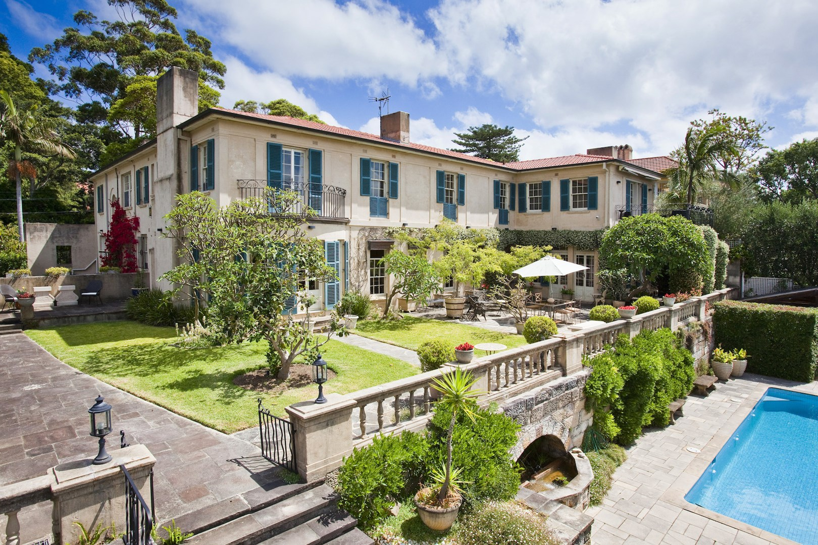 14 ginahgulla road bellevue hill nsw 2023 house for for Where is bellevue hill