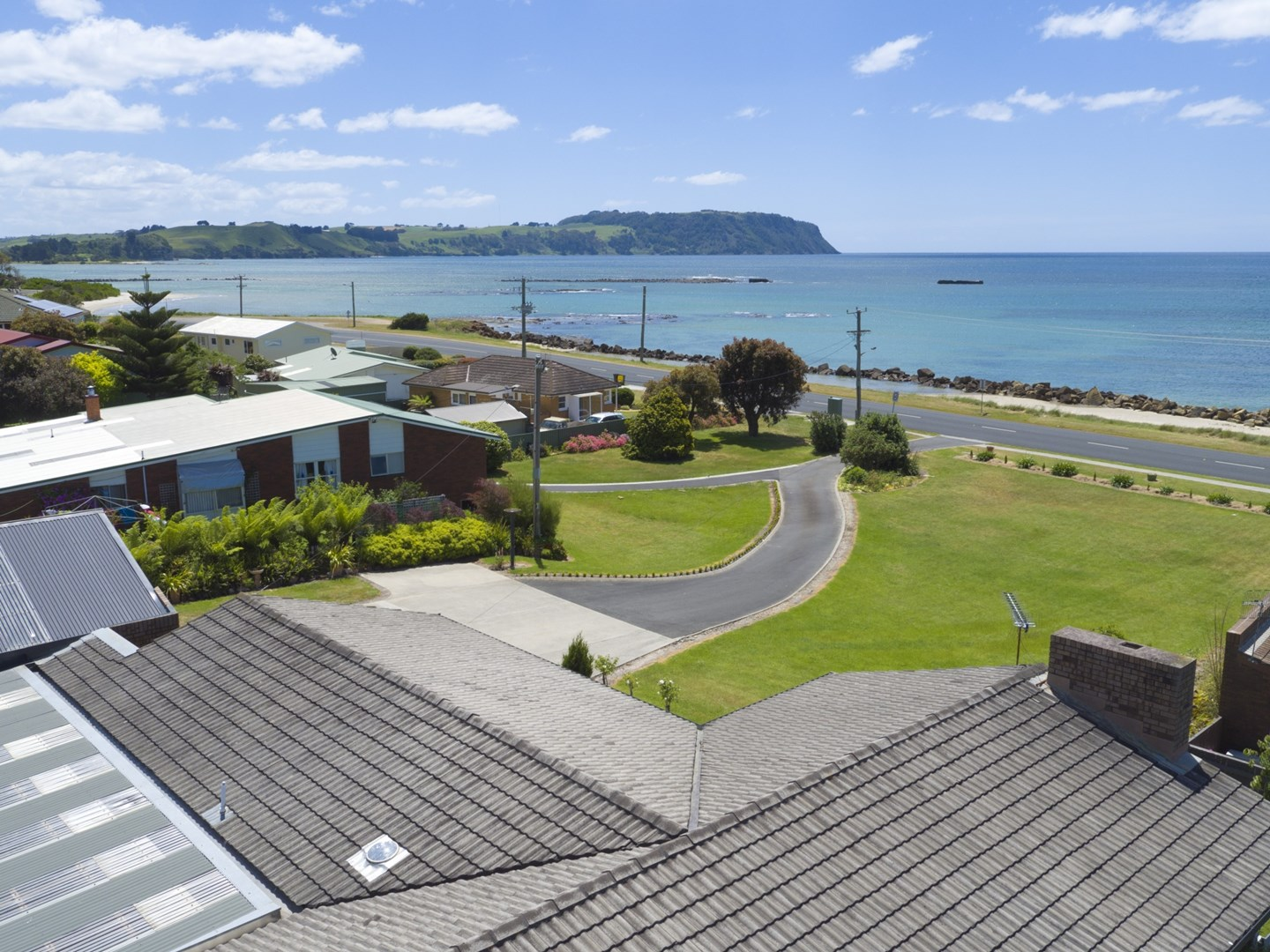 75 old bass highway wynyard tas 7325 house for sale for Classic house bass lines