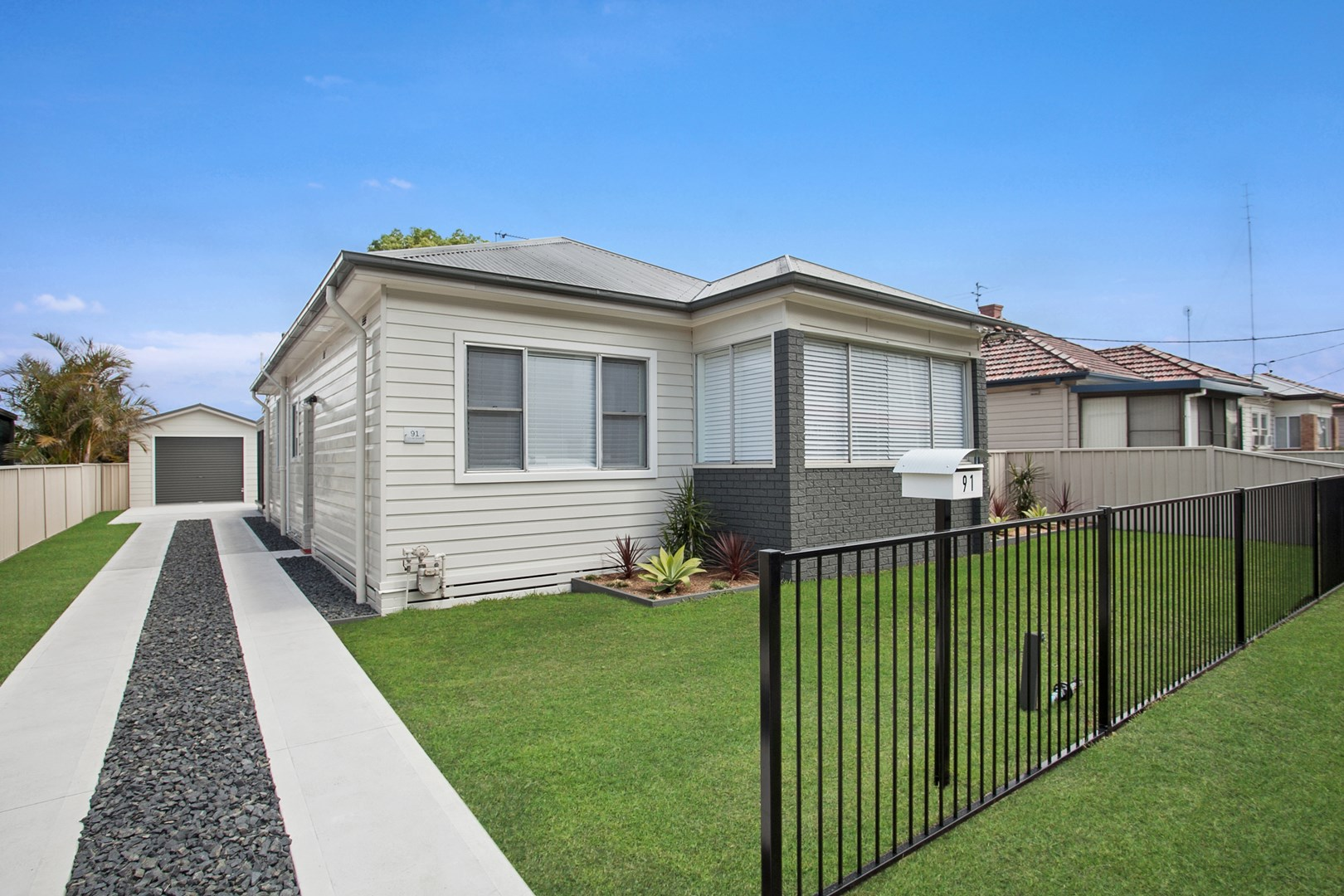 Clyde Property Hamilton For Sale