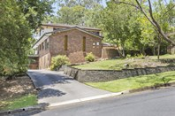 Picture of 22 Linksview Road, Springwood