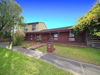 Picture of 1 Havenstock Court, Wheelers Hill
