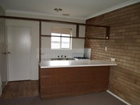 Picture of 2/12 Sale Road, Maffra