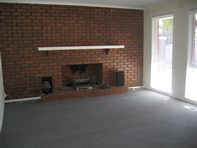 Picture of 2 Johnson Place, Endeavour Hills