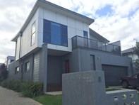 Picture of 1/8 Canis Crescent, Ocean Grove