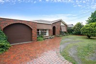 Picture of 15 Chancellor Drive, Wheelers Hill