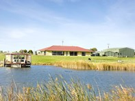Picture of 9 Ibis Road, Clayton Bay