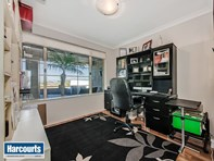 Picture of 5 Harlequin Way, Yanchep