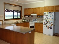 Picture of 215 Illawarra Road, Stawell