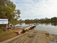 Picture of 38 Murray Bend Drive, Ravenswood