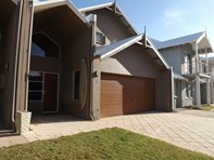 Picture of 6/2 Robertson Road, Ledge Point