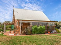 Picture of 46 Currency Creek Road, Goolwa North