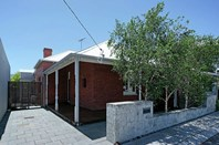 Picture of 11 Knebworth Avenue, Perth