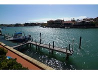 Picture of 8 John Dory Cove, Wannanup