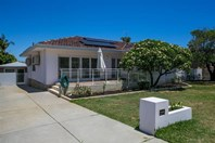 Picture of 25 Simper Crescent, White Gum Valley