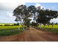 Picture of Barellan/564 Ogilvie Road E, Ogilvie