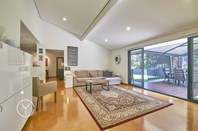 Picture of 22 Earlston Place, Booragoon