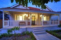 Picture of 144 Vincent Street, North Perth