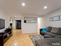 Picture of 3/194 Preston Point Road, Bicton