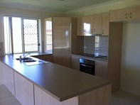 Picture of 20 Walnut Crescent, Lowood