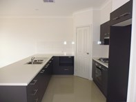 Picture of 1/5 Friar Court, Salisbury East