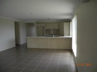 Picture of 4/12 Walnut Crescent, Lowood