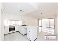 Picture of 3/2 Roberts Street, Bayswater