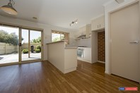 Picture of 3/2 Lander Crescent, Amaroo