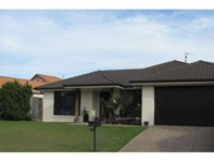 Picture of 6 Sommerville Crescent, Sippy Downs