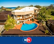 Picture of 13 Roberts Crescent, Bunbury