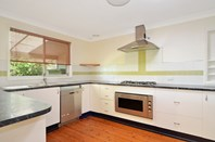 Picture of 3 Bindon Close, Bomaderry